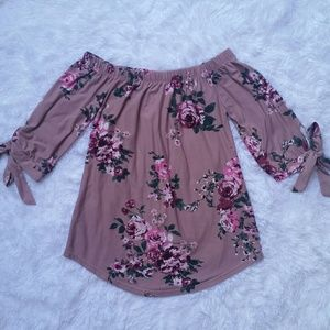 Tops - Floral Off the Shoulders Top